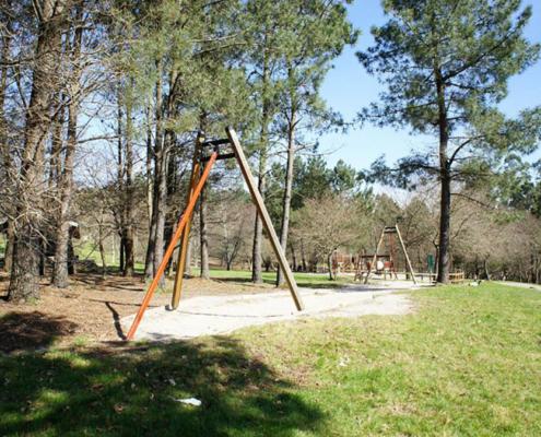 Parque infantil na Granxa do Xesto