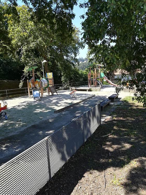 Parque infantil, Carballeira de San Lourenzo