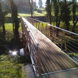 Puente en el Parque Eugenio Granell